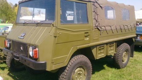Военные автомобили аренда шарджа гранд отель забронировать